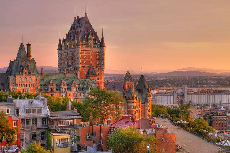 Nh C Quebec Di N U T